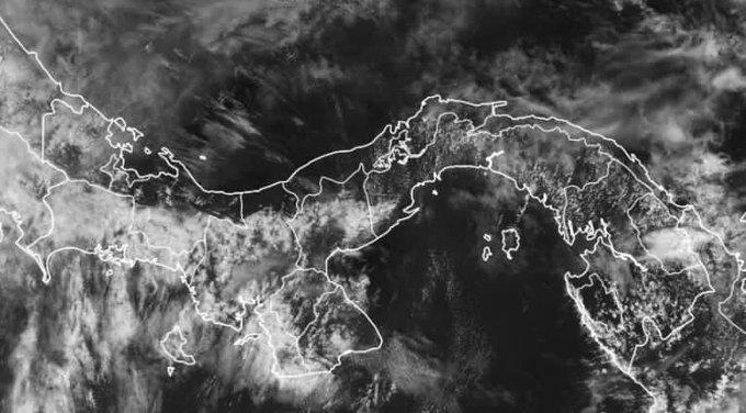 Onda tropical avanza hacia territorio panameño produciendo nubosidad sobre la ciudad capital