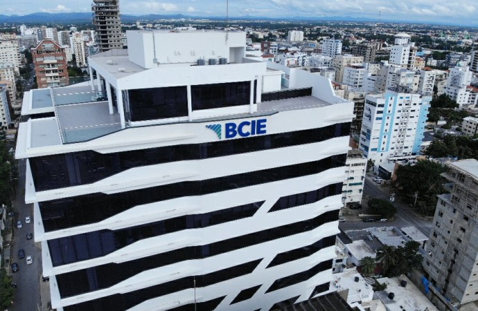 Premios BCIE-Solidarios reconocerá a microempresas destacadas en Latinoamérica