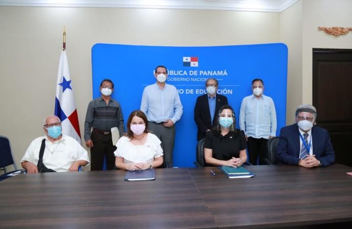 Instalan comisión que reglamentará beneficios para sobrevivientes, familiares y héroes del 9 de enero