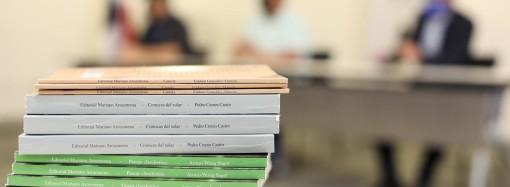 Ganadores del Ricardo Miró 2019 reciben la primera edición de sus obras