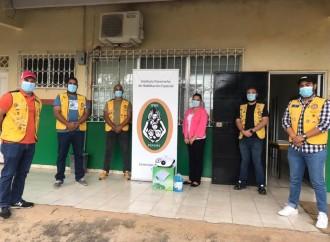 Club Activo 20-30 de Aguadulce dona termonebulizador a la Extensión del IPHE de Aguadulce