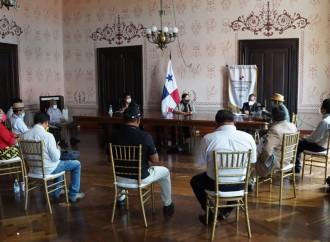 Autoridades de Guna Yala y la Ministra de Gobierno se reúnen para tratar el tema del transporte en la Comarca