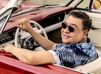 Eleazar Mora rinde homenaje al ídolo español Nino Bravo