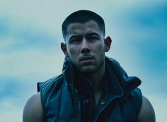 Nick Jonas lanza su nuevo sencillo titulado «SPACEMAN»