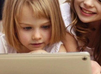 Fortalece las habilidades tecnológicas de tus hijas desde una temprana edad