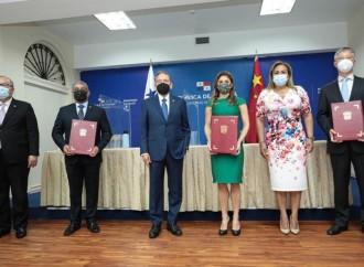 Gobierno Nacional recibe donación de la República Popular China para reforzar la lucha contra la COVID-19