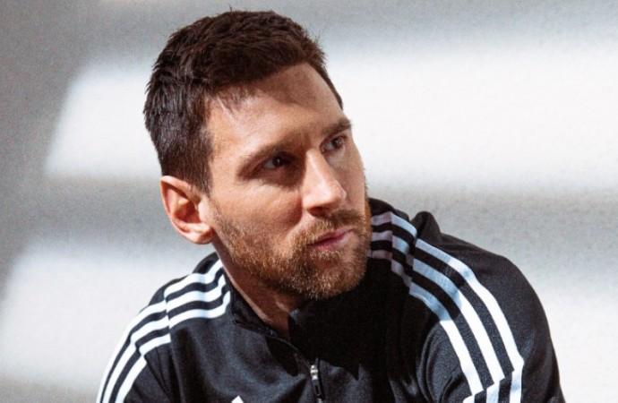 Adidas presenta los NEMEZIZ MESSI.1, un modelo que lleva el nombre «Rey del Balón»