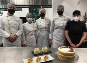 Estudiantes y chefs de la UAG y de Colombia intercambian postres típicos