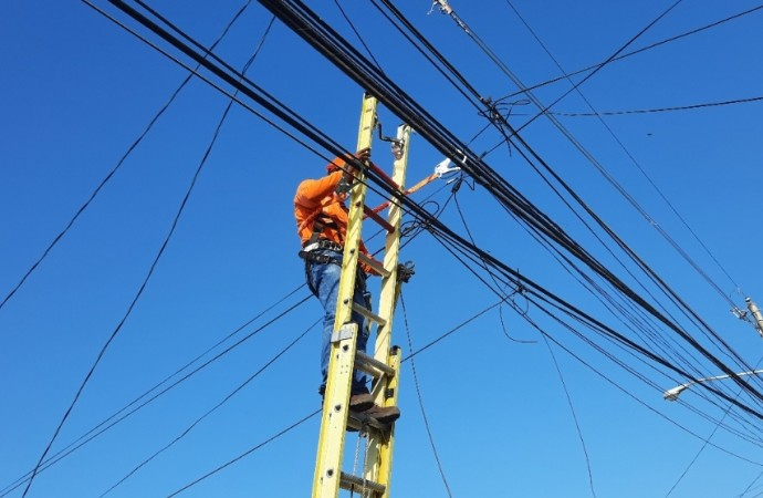 Red de cobre en Panamá es reemplazada por fibra óptica con velocidades de hasta 1000 megas en el territorio nacional