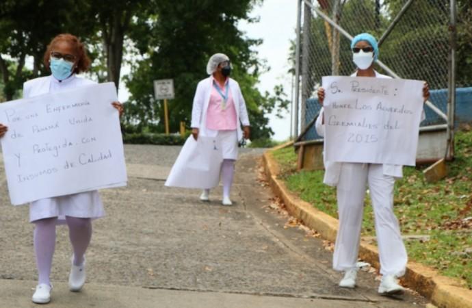 Defensoría abre queja de oficio por presunta vulneración de derechos a las enfermeras