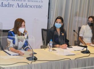 Autoridades instalan Consejo de la Madre Adolescente para atender necesidades