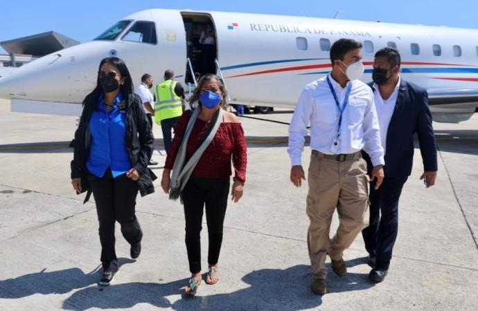 Retorna de La Habana avión presidencial con pacientes panameños