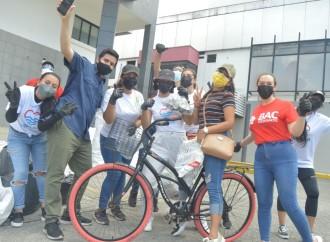 Creando conciencia ambiental en comunidades a través del primer Auto Rápido de Reciclaje de BAC Credomatic