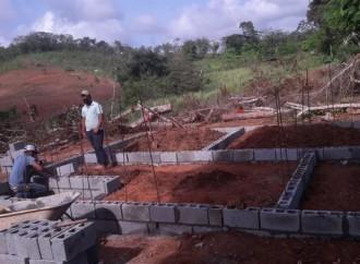 Inicia construcción de tres soluciones habitacionales para familias de Los Pozos y Santa María