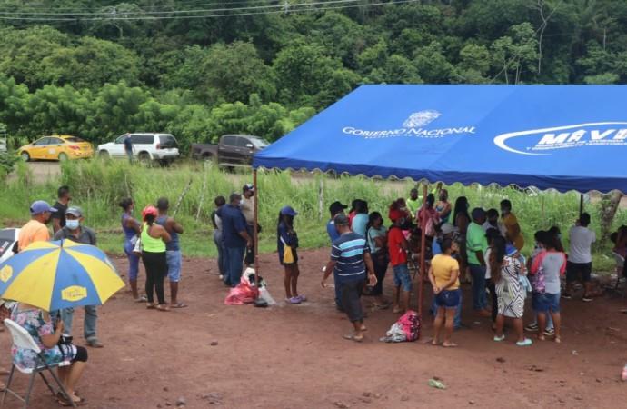 Avanza reubicación de familias del Nicolás Solano a la lotificación en Las Mendozas