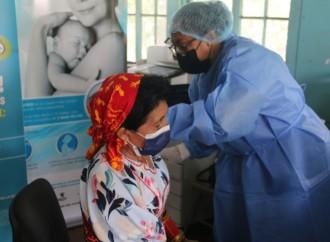 Inician jornada de vacunación para población guna residentes en la ciudad capital