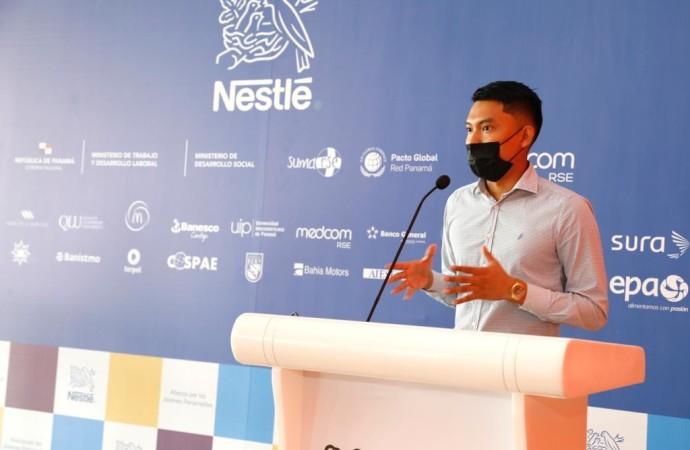 Joven panameño gana concurso regional Innovatón impulsado por Nestlé