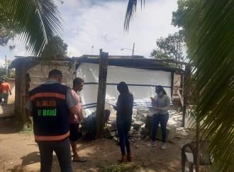 Técnicos del Miviot evalúan siete casas afectadas por sismo en Barú