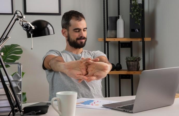 Pausas activas: qué son y la importancia de hacer ejercicio en el trabajo remoto