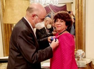 El embajador de España en Panamá impuso la Orden del Mérito Civil con el grado de Cruz a la Profesora Irina Nemtchénok de Ardila