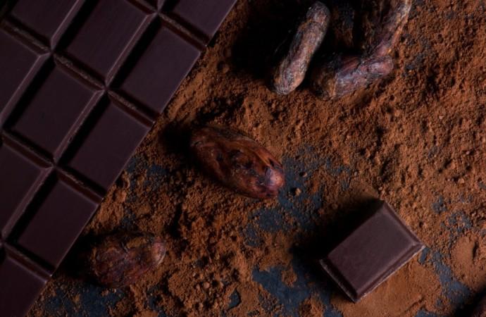 Cuáles son los beneficios del chocolate oscuro para la salud?