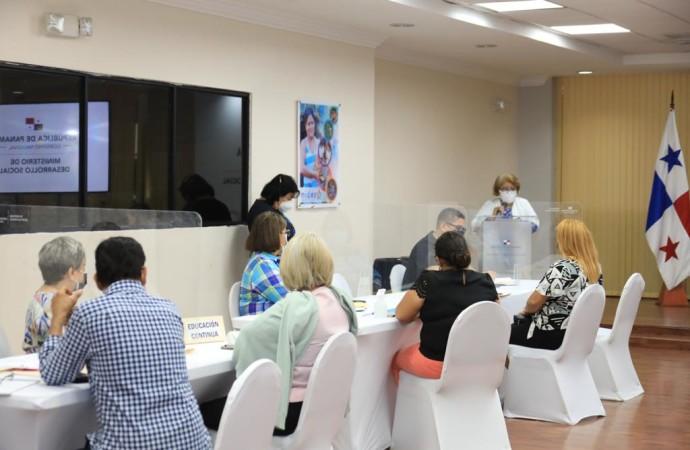 MIDES instala mesas de trabajo para reglamentar decreto sobre protección a los adultos mayores
