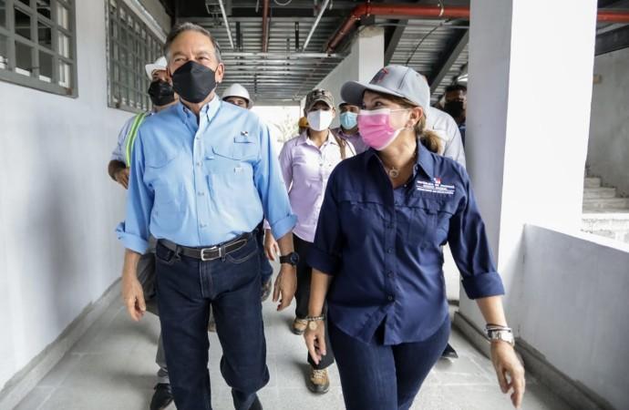 Presidente entrega órdenes de proceder por B/. 11.7 millones para obras en el distrito de San Miguelito
