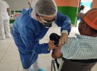 Presidente anuncia barrido de vacunación con aplicación de 440 mil 599 dosis