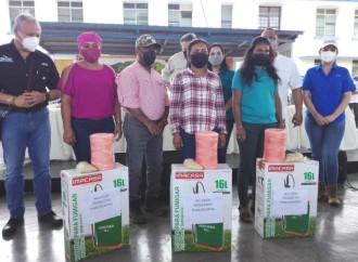 Autoridades despliegan ayuda social a varias comunidades de Coclé