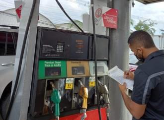 Acodeco verifica nuevos precios de combustibles