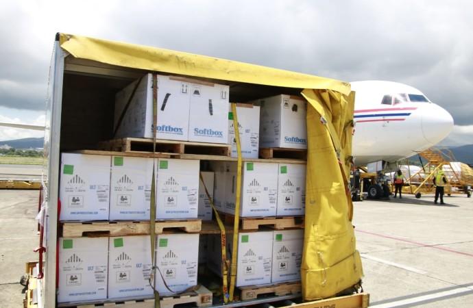 Panamá recibió nuevo lote con 375,570 vacunas de la farmacéutica Pfizer