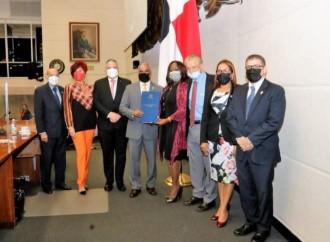 Panamá ratifica acuerdo aéreo con Austria