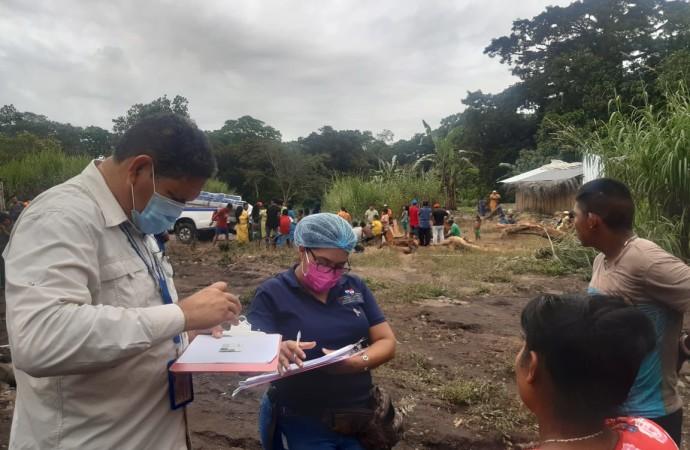 Miviot inspeccionaviviendas de familias afectadas por lluvias en Alanje