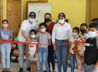 Autoridades entregan 13 Centros de Lectura Colmena en Veraguas