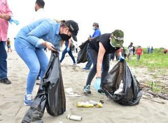 En pandemia más de 5 mil voluntarios han salido a la calle a transformar espacios comunes en entornos amigables